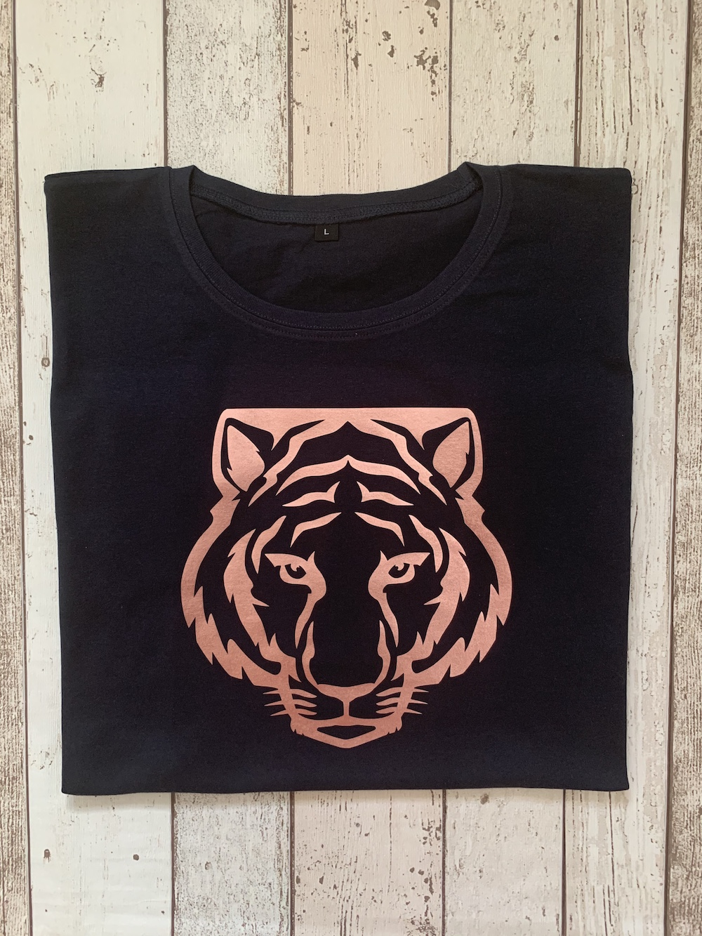 Tiger Slouch Fit T-shirt