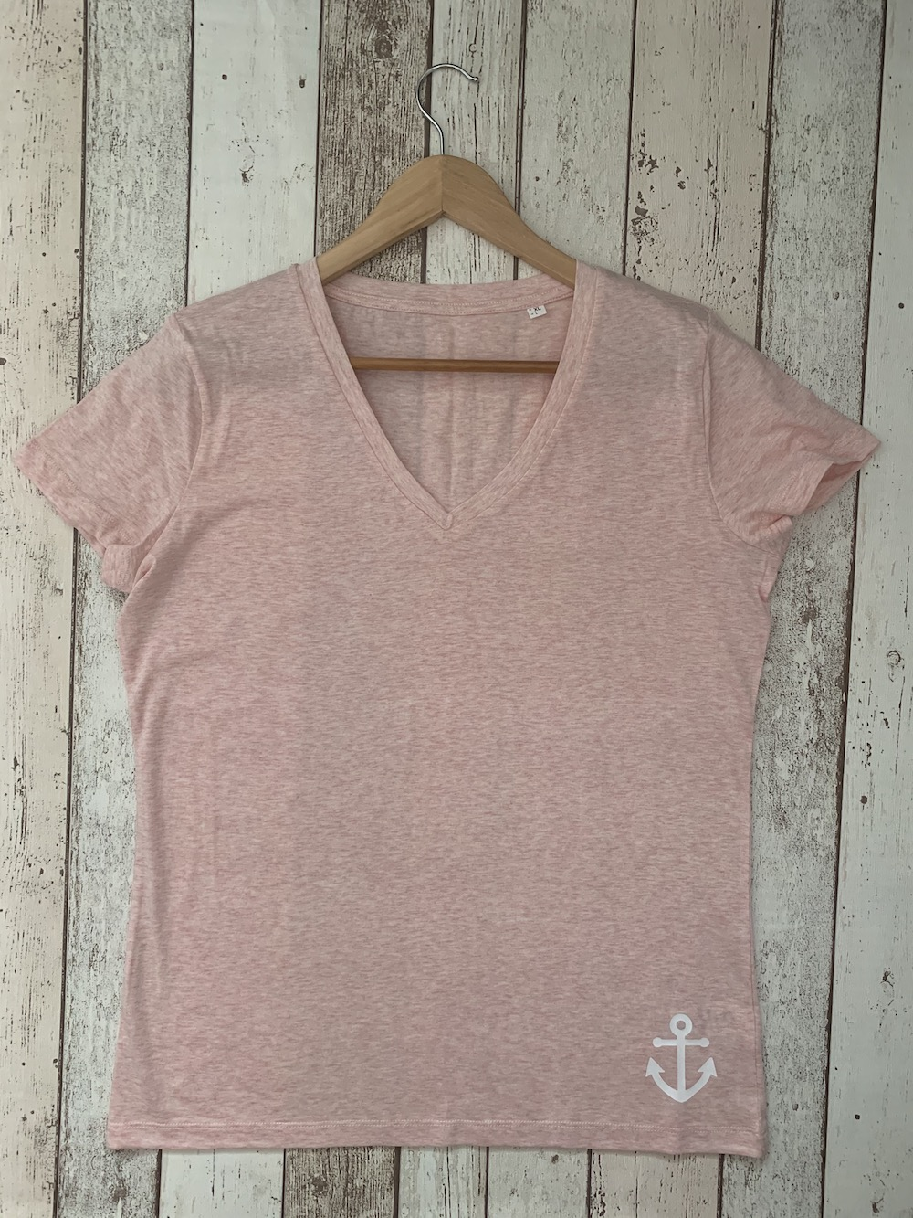ORGANIC – Anchor V Neck Classic Tshirt – Pink And White