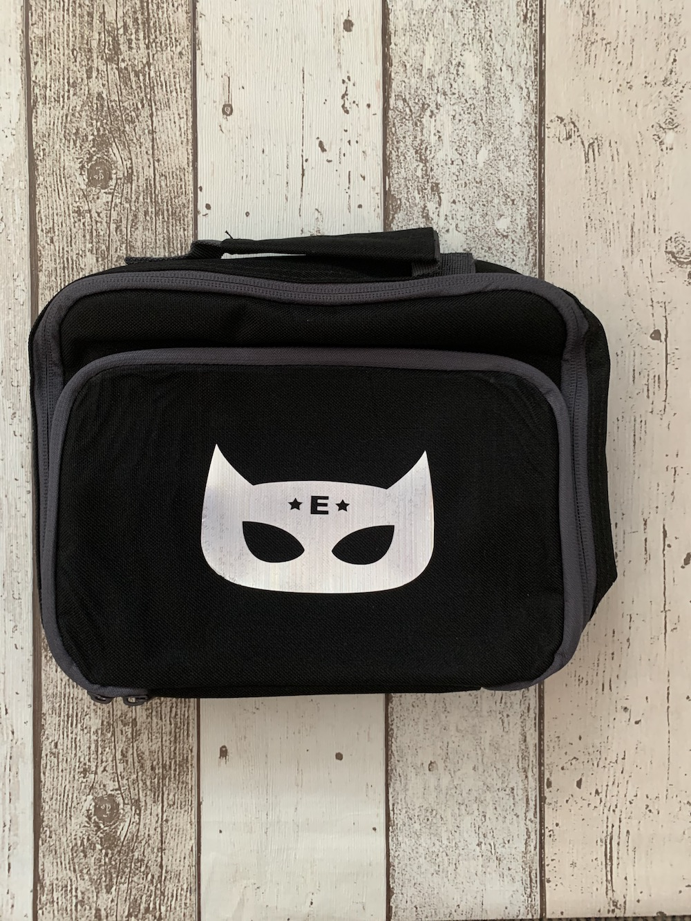 Lunch Box – Black Superhero – Letter E